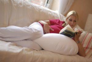 Cuscino pre e post parto completo di federa